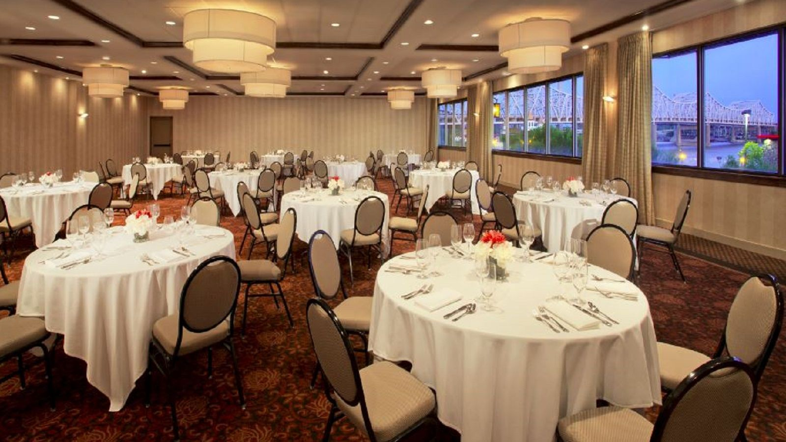 Sheraton Louisville Riverside Hotel - Louisville Wedding Venue